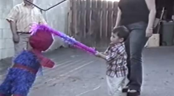 Piñata y Spiderman