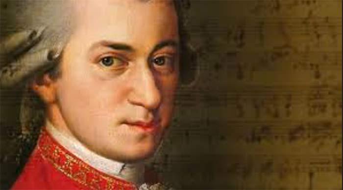 Mozart si se llamaba Amadeus