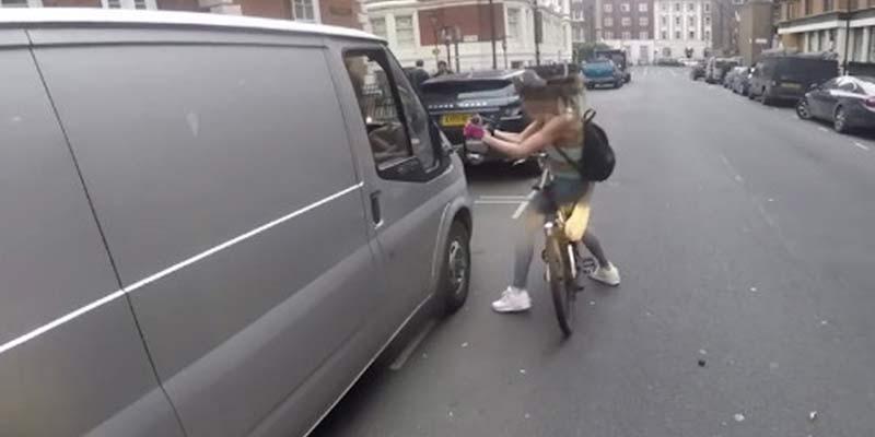 Esta ciclista se venga de un conductor que la acosa e Internet le aplaude por ello