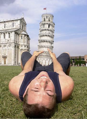 Torre de Pisa fálica