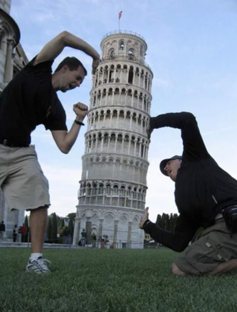 Sujetando la Torre