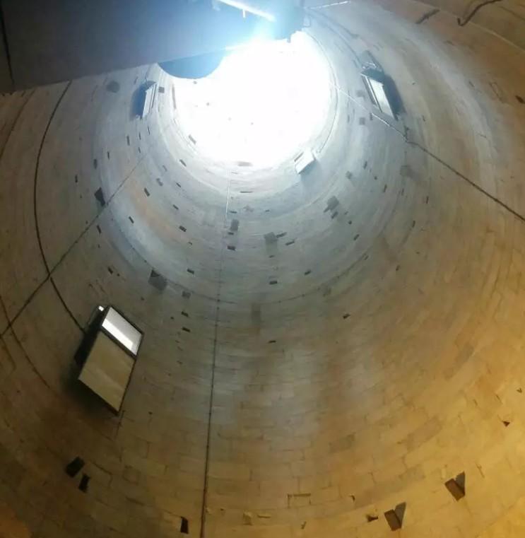 Torre de Pisa por dentro