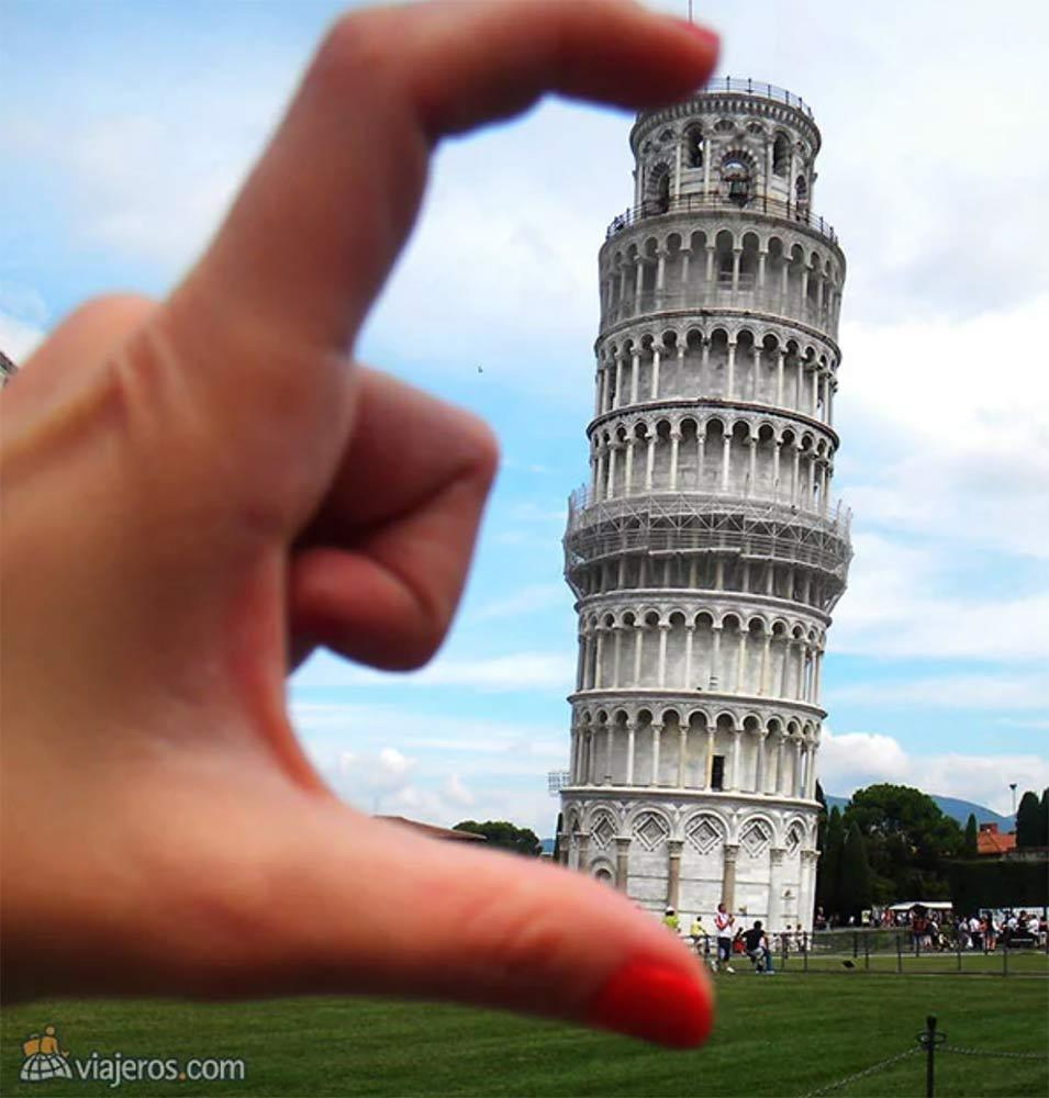 Torre de Pisa en miniatura