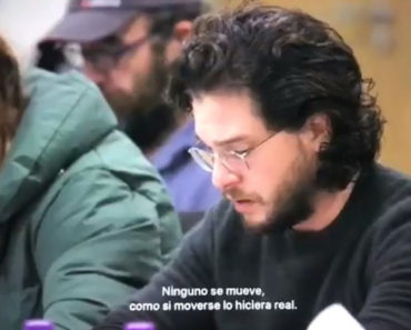 Reacción de Kit Harington
